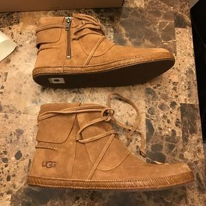 d907d51cab7 ⚡BLOWOUT SALE⚡NEW UGG REID LACE UP BOOT NWT